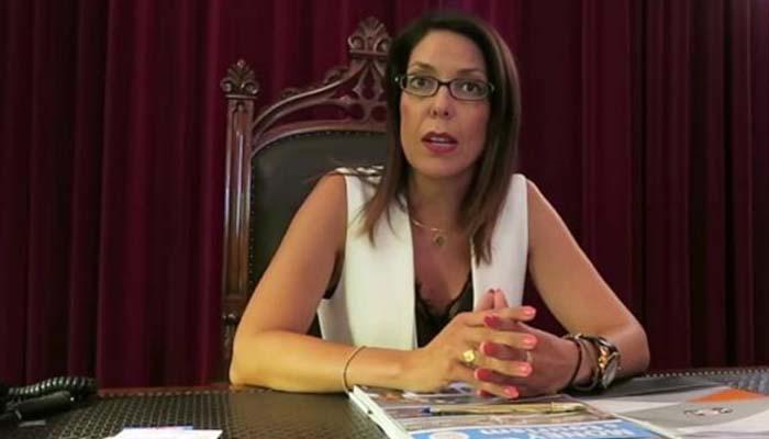 Ζητά συγγνώμη η Δήμαρχος Κέρκυρας για τον εκκλησιασμό
