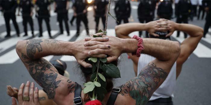 Ανταρσία στους New York Times έφερε για άρθρο γνώμης που ζητεί στρατό για την αντιμετώπιση των διαδηλώσεων για τον Τζορτζ Φλόιντ