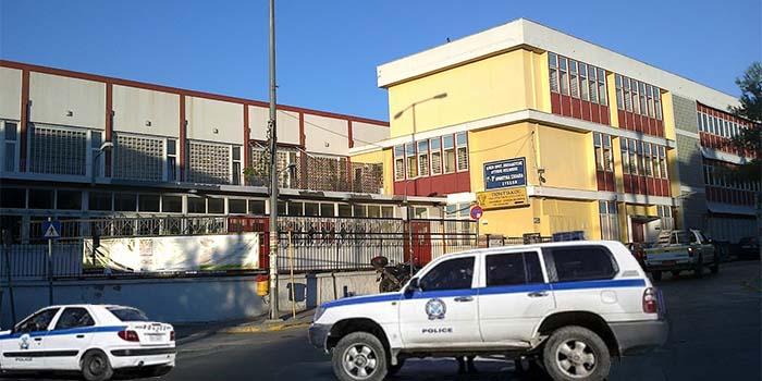 Χίος: Καταγγελία για... επίσκεψη αστυνομικών σε δημοτικά ελέω κορονοϊού