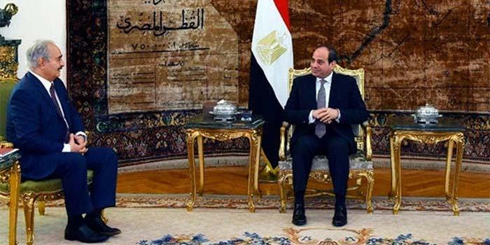 Η Αίγυπτος εξακολουθεί να στηρίζει τον Χάφταρ και κένει πρόταση για εκεχειρία στη Λιβύη