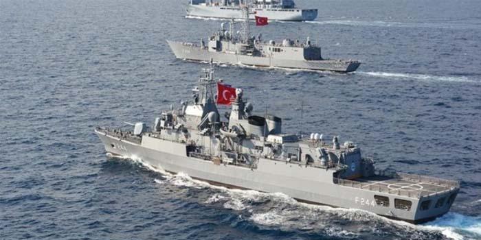 Οι 17 τούρκικα πολεμικά πλοία έχουν «αποκλείσει» Ρόδο και Μεγίστη! Κυρώσεις ζητά από την ΕΕ ο Μητσοτάκης!