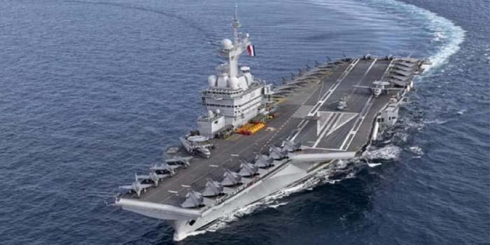 Η Γαλλία κατεβάζει στην Ανατολική Μεσόγειο το αεροπλανοφόρο «Charles De Gaulle»