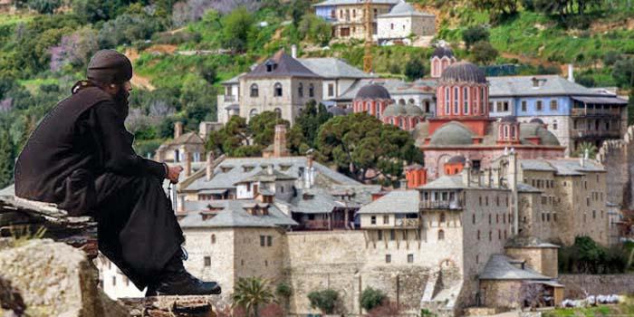 Κορονοϊός στο Άγιο Όρος: Ποια σύσταση του ΕΟΔΥ δεν αποδέχτηκαν οι μοναχοί και γιατί υπάρχει ανησυχία