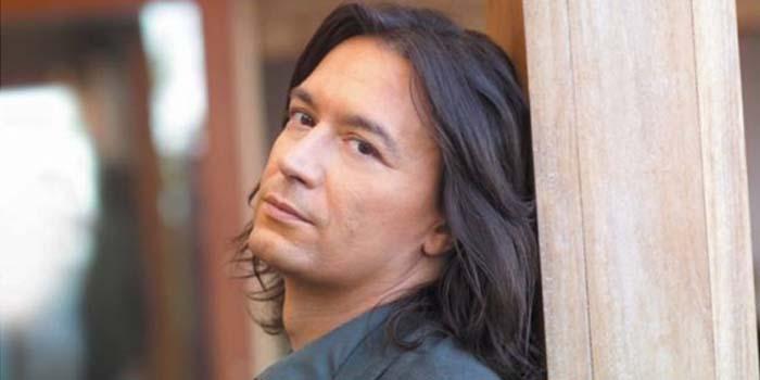 Καλημέρα με πρόσωπα και γεγονότα της Μεσσηνίας- Σαν σήμερα……5 Οκτωβρίου 1969 - Γεννήθηκε ο τραγουδιστής Γιάννης Κότσιρας