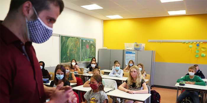 Κορονοϊός-Σχολεία: Ένα μήνα μετά διαπιστώνουμε ότι δεν μεταφέρεται ο ιός και δεν αποτελούν εστία διασποράς