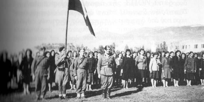 Καλημέρα με πρόσωπα και γεγονότα της Μεσσηνίας - Σαν σήμερα……15 Δεκεμβρίου 1944. Συγκροτείται στην Καλαμάτα Επιτροπή για να στηρίξει τους αντάρτες της Αθήνας
