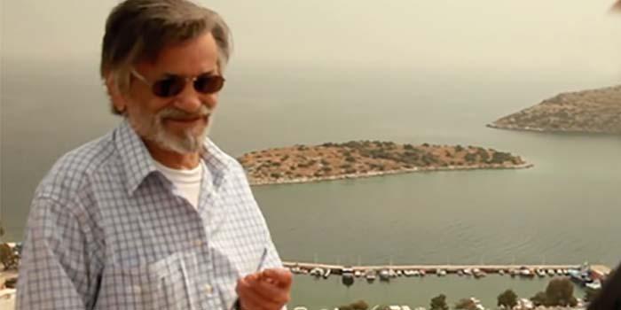 Καλημέρα με πρόσωπα και γεγονότα της Μεσσηνίας - Σαν σήμερα……16 Δεκεμβρίου 1944, γεννήθηκε ο σκηνοθέτης και παραγωγός Σάκης Μανιάτης