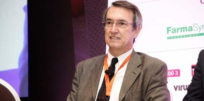 Γιάννης Τούντας (ΕΚΠΑ): Κινδυνεύουν οι ασθενείς από τους μη εμβολιασμένους υγειονομικούς