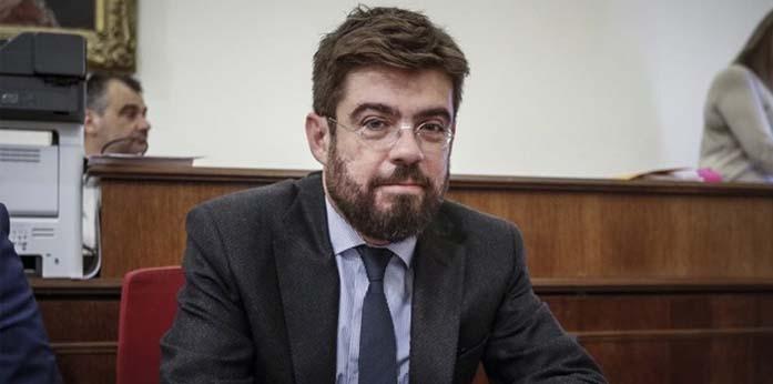 O ΣΥΡΙΖΑ σε καραντίνα: Στο «Σωτηρία» με κορονοϊό ο τ. υπουργός Δικαιοσύνης Μιχάλης Καλογήρου