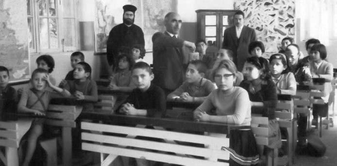 Καλημέρα με πρόσωπα και γεγονότα της Μεσσηνίας - Σαν σήμερα……29 Μαρτίου 1913. Στο Χαλαμπρέζα ο παπάς χτύπησε το δάσκαλο….αφού αυτός δε δίδασκε τα παιδιά του χωρίς πληρωμή