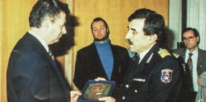 Καλημέρα με πρόσωπα και γεγονότα της Μεσσηνίας - Σαν σήμερα……31 Μαρτίου 1995. Ο Νίκος Αλεβιζάκης γίνεται Αρχηγός του Πυροσβεστικού Σώματος